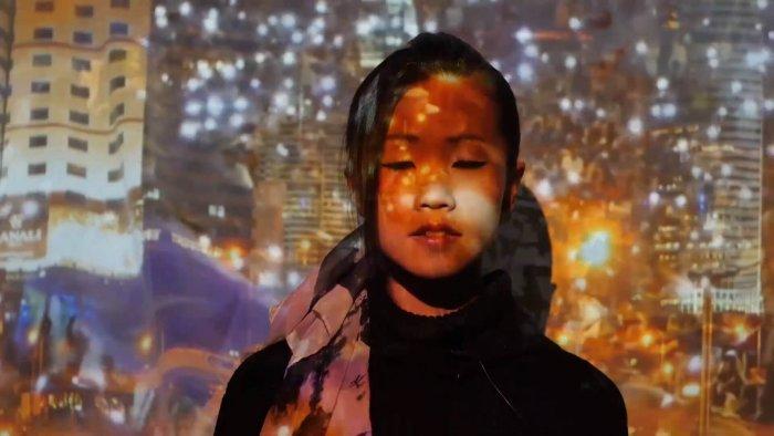 Začíná Prague Biennale Projekt: Performance A Videoart Oživí Na Pět Dní Ulice Prahy
