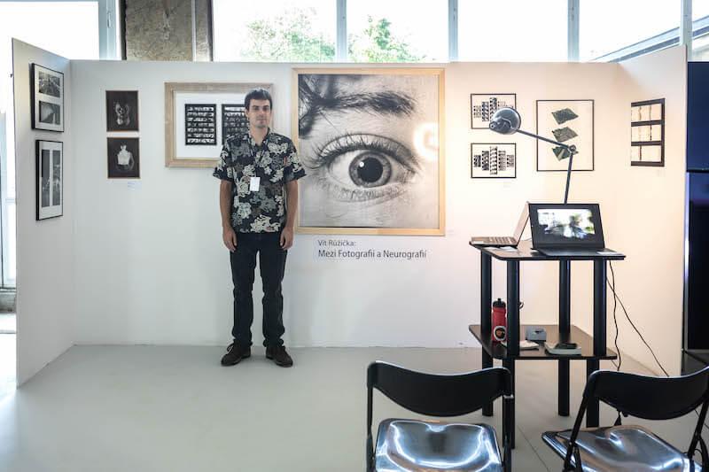 Vít Růžička Mezi Fotografií A Neurografií