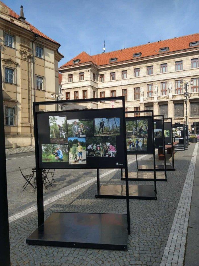 Osobnosti Z Projektu Trojské Botanické Zahrady Se Představují Na Výstavě V Centru Prahy